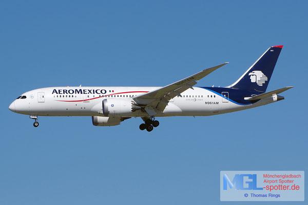 05.04.2015 N961AM AeroMexico B787-8