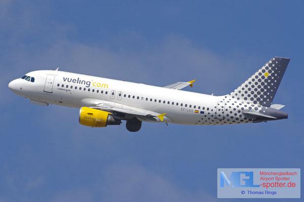 01.04.2015 EC-LRS Vueling A319-112