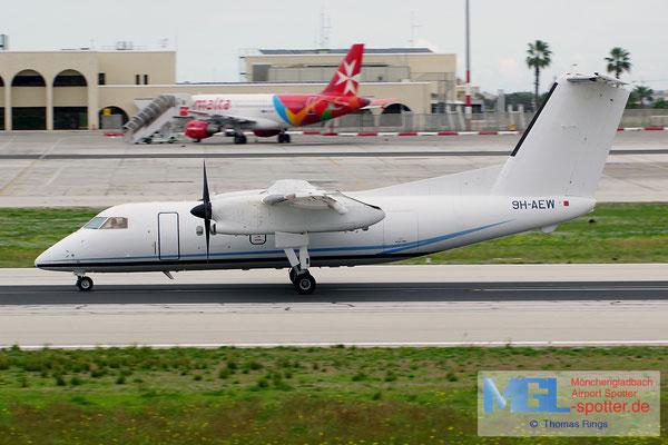 02.01.2014 9H-AEW Medavia DHC-8-102