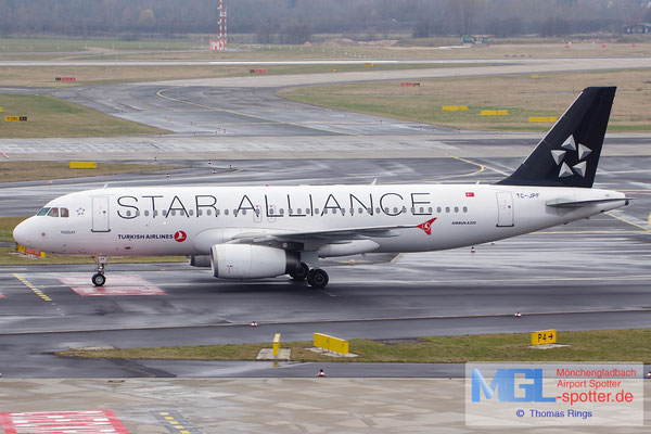 15.03.2015 TC-JPF Turkish Airlines / Star Alliance A320-232