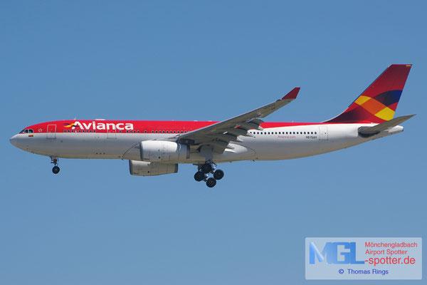 04.04.2015 N975AV Avianca A330-243