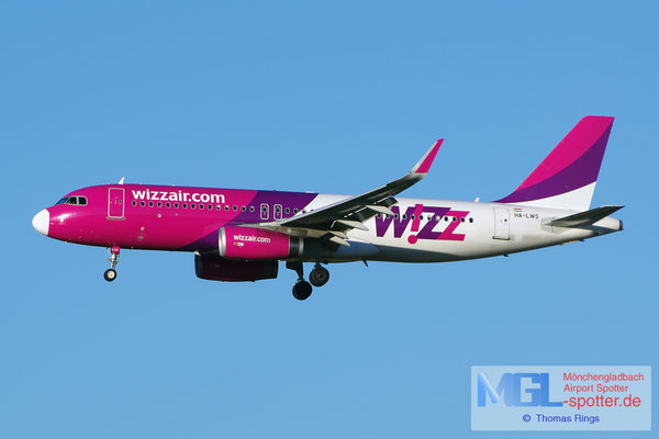 05.04.2015 HA-LWS Wizz Air A320-232/S