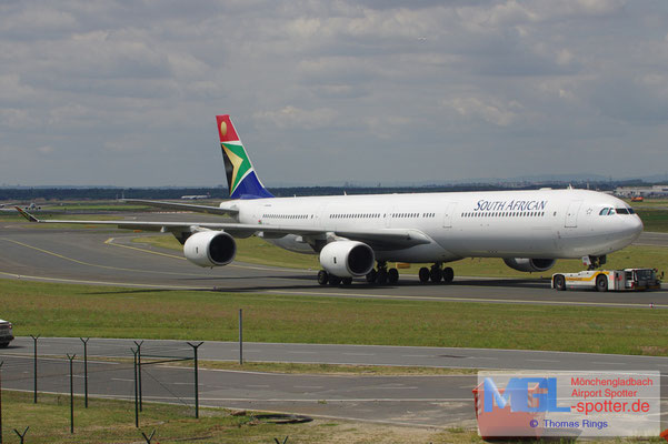 08.08.2012 ZS-SND South African Airways A340-642