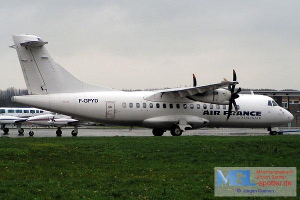13.11.2006 F-GPYD AIR FRANCE ATR42-500
