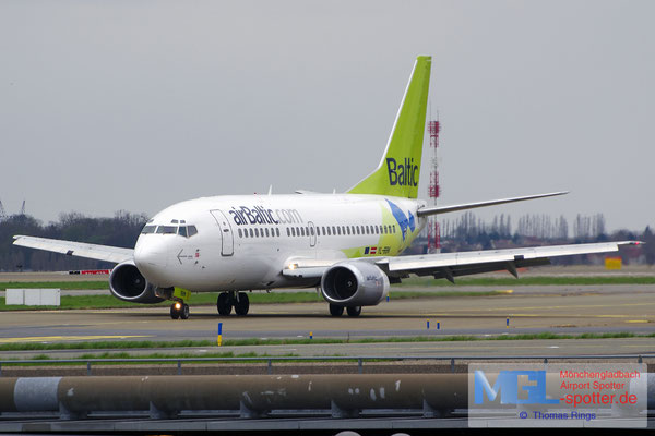 11.04.2015 YL-BBN Air Baltic B737-522