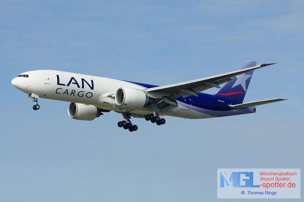 17.02.2013 N774LA LAN Cargo B777-F6N