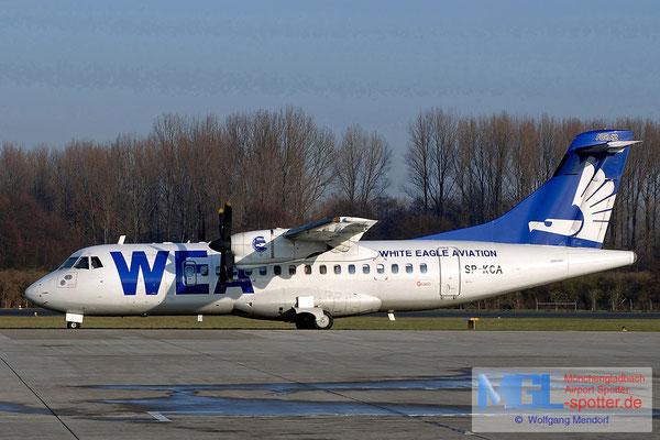 02.01.2004 SP-KCA White Eagle Aviation ATR 42-300 cn085