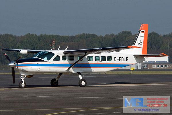 03.10.2011 D-FDLR Deutsches Zentrum für Luft-und Raumfahrt Cessna 208