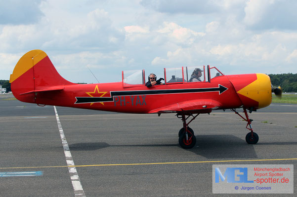 26.07.2020 PH-YAX Yakovlev Yak-52