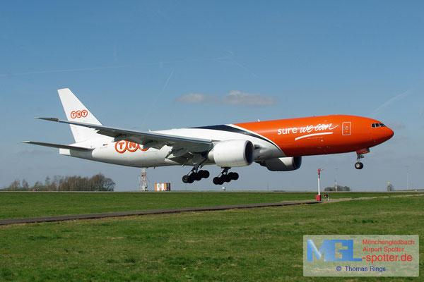 01.04.2012 OO-TSC TNT B777-FHT