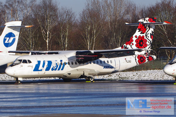 28.12.2014 D-BLAU RAS / UTair Ukraine ATR 42-300 cn068
