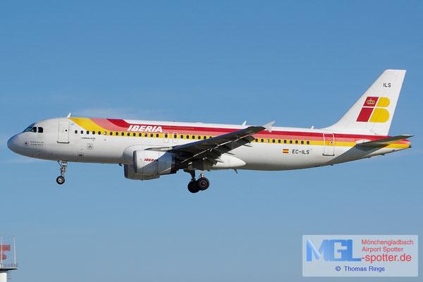 27.10.2013 EC-ILS Iberia A320-214
