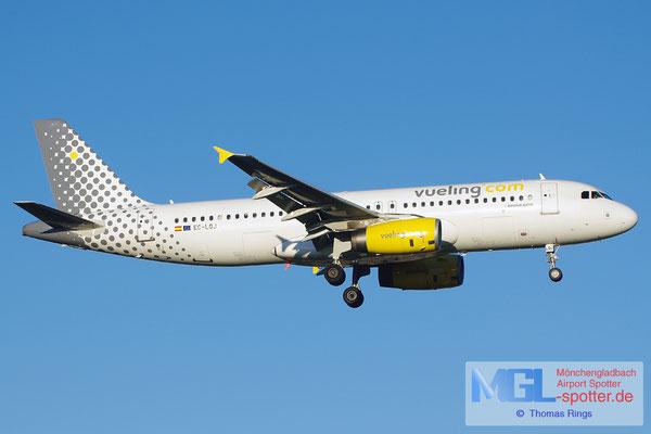 30.10.2013 EC-LQJ Vueling A320-232