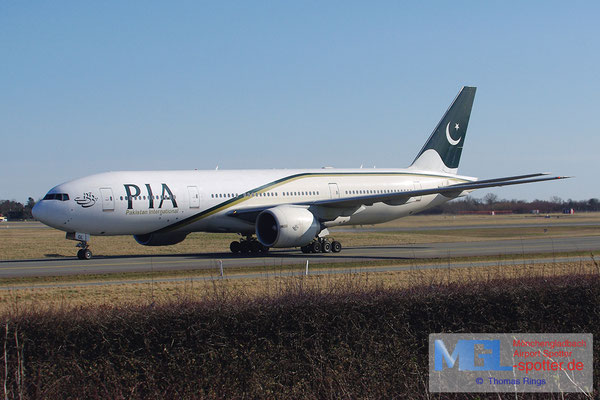 20.04.2013 AP-BGL PIA B777-240ER