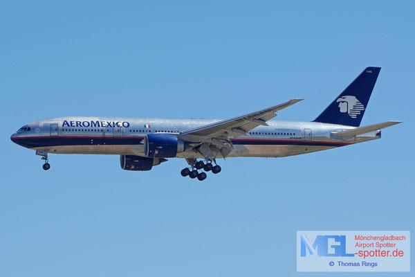 05.04.2015 N746AM AeroMexico B777-2Q8ER