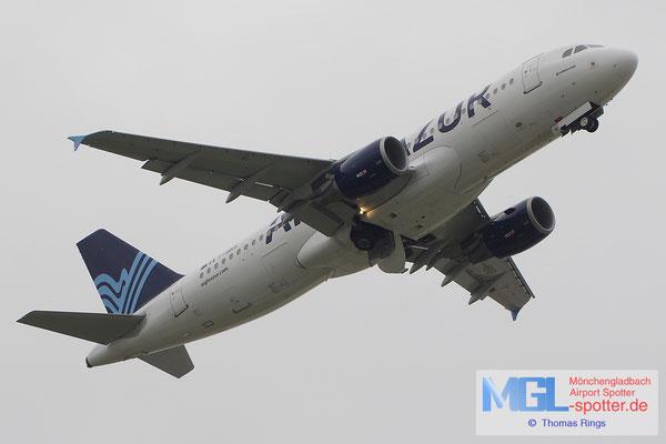 02.11.2013 F-HBIS Aigle Azur A320-214