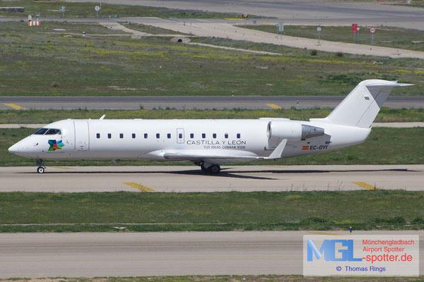 04.04.2015 EC-GYI Air Nostrum CRJ-200ER