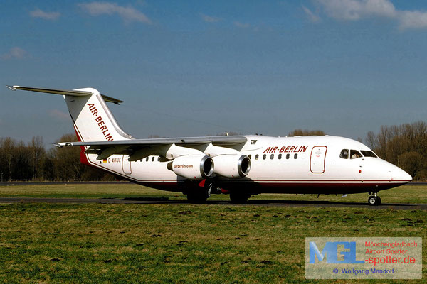 03.2003 D-AWUE Air Berlin BAe 146-200