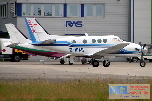 21.06-2006 D-IFMI BEECH C90A KINGAIR