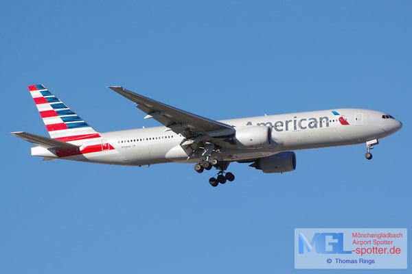 05.04.2015 N798AN American Airlines B777-223ER