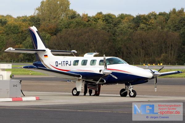 12.10.2017 D-ITPJ Cessna T303 Crusader