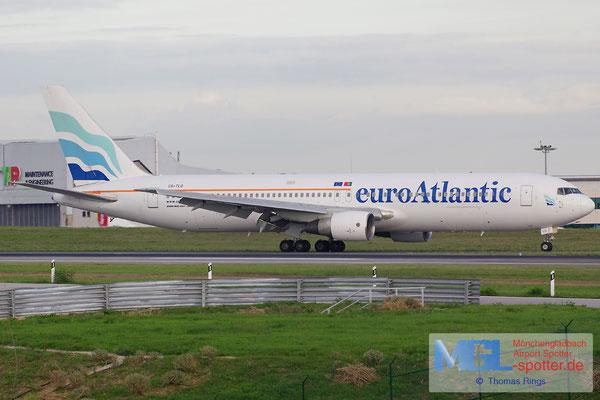 02.11.2013 CS-TLO EuroAtlantic B767-383ER