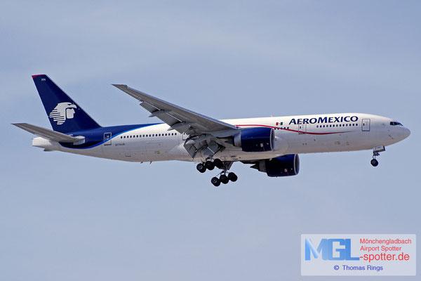 03.04.2015 N774AM AeroMexico B777-2Q8ER