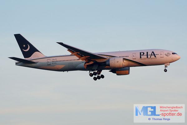 21.06.2014 AP-BGL Pakistan International B777-240ER