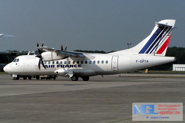 30.06.2006 F-GPYA AIR FRANCE ATR42-500 cn457