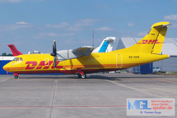 10.06.2015 ZS-OVR DHL / Solenta Aviation ATR 42-320F cn116
