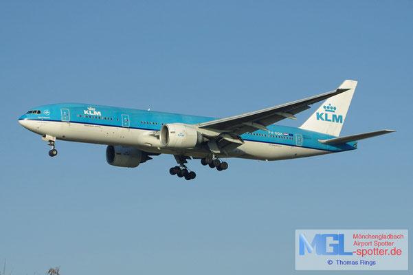 17.02.2013 PH-BQA KLM B777-206ER
