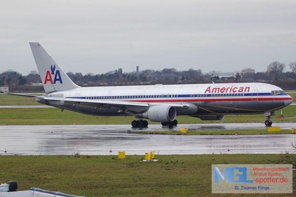22.12.2013 N363AA American Airlines B767-323ER