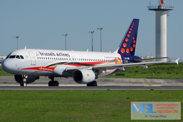 30.10.2013 OO-SNC Brussels Airlines / Red Devils A320-214