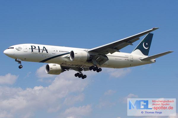20.06.2014 AP-BHX Pakistan International B777-240ER