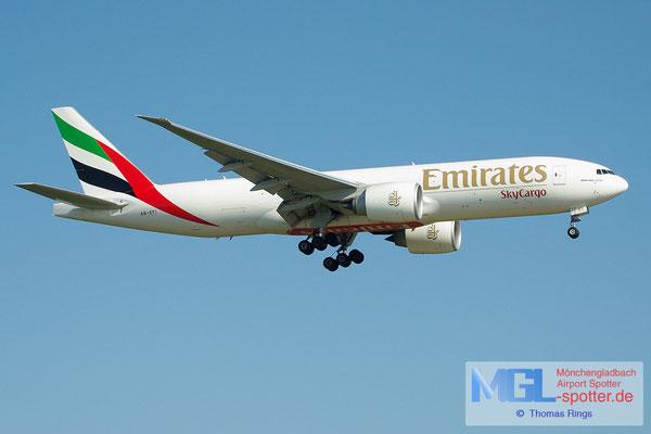 19.05.2013 A6-EFI Emirates Sky Cargo B777-F1H