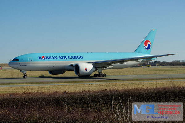 20.04.2013 HL8252 Korean Air Cargo B777-FB5