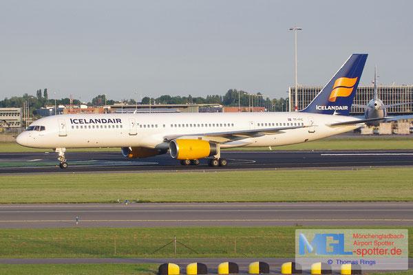 23.06.2014 TF-FIC Icelandair B757-23N