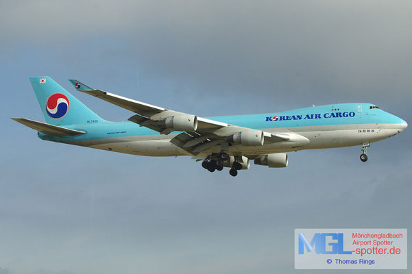 17.02.2013 HL7439 Korean Air Cargo B747-4B5ERF