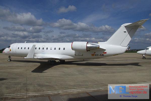 27.04.2013 EC-IJE Air Nostrum CRJ-200ER