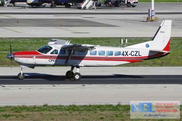 28.12.2013 4X-CZL Ofek Cessna 208B Grand Caravan
