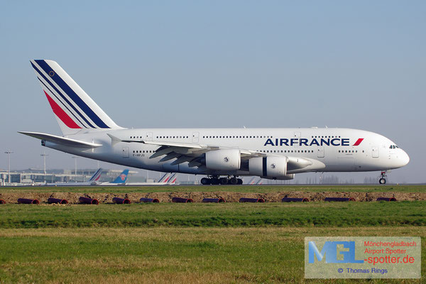 09.04.2015 F-HPJG Air France A380-861