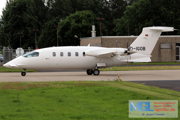 01.07.2016 D-IGOB Piaggio P-180 Avanti