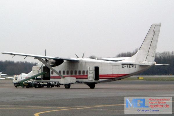 24.02.2004 G-SSWX Emerald Airways Short 360-100