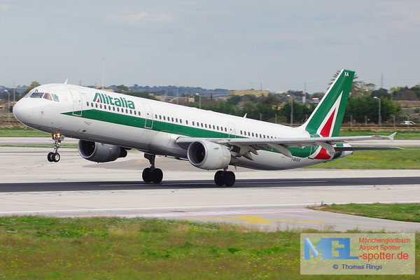 02.01.2014 I-BIXA Alitalia A321-112