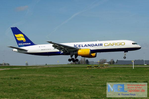 01.04.2012 TF-FIH Icelandair Cargo B757-208PCF