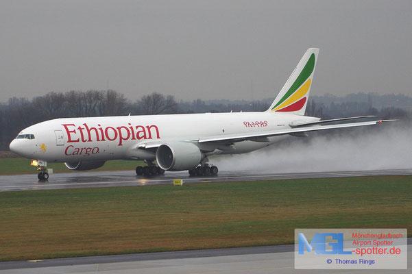 21.12.2012 ET-APU Ethiopian Cargo B777-F6N