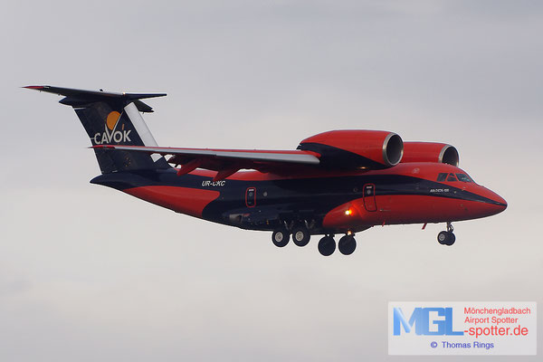 20.08.2014 UR-CKC Cavok Air An-74TK-100
