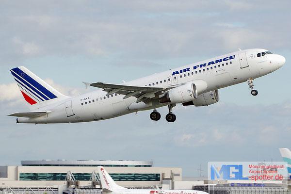 02.11.2013 F-GKXI Air France A320-214