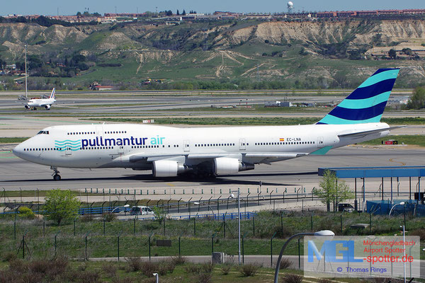 05.04.2015 EC-LNA Pullmantur Air B747-446