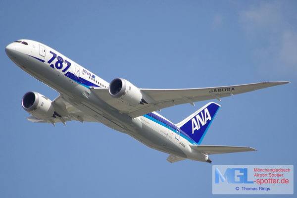 25.08.2012 JA806A ANA B787-8